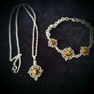 Lovely Vintage Tigereye Necklace and Bracelet Set